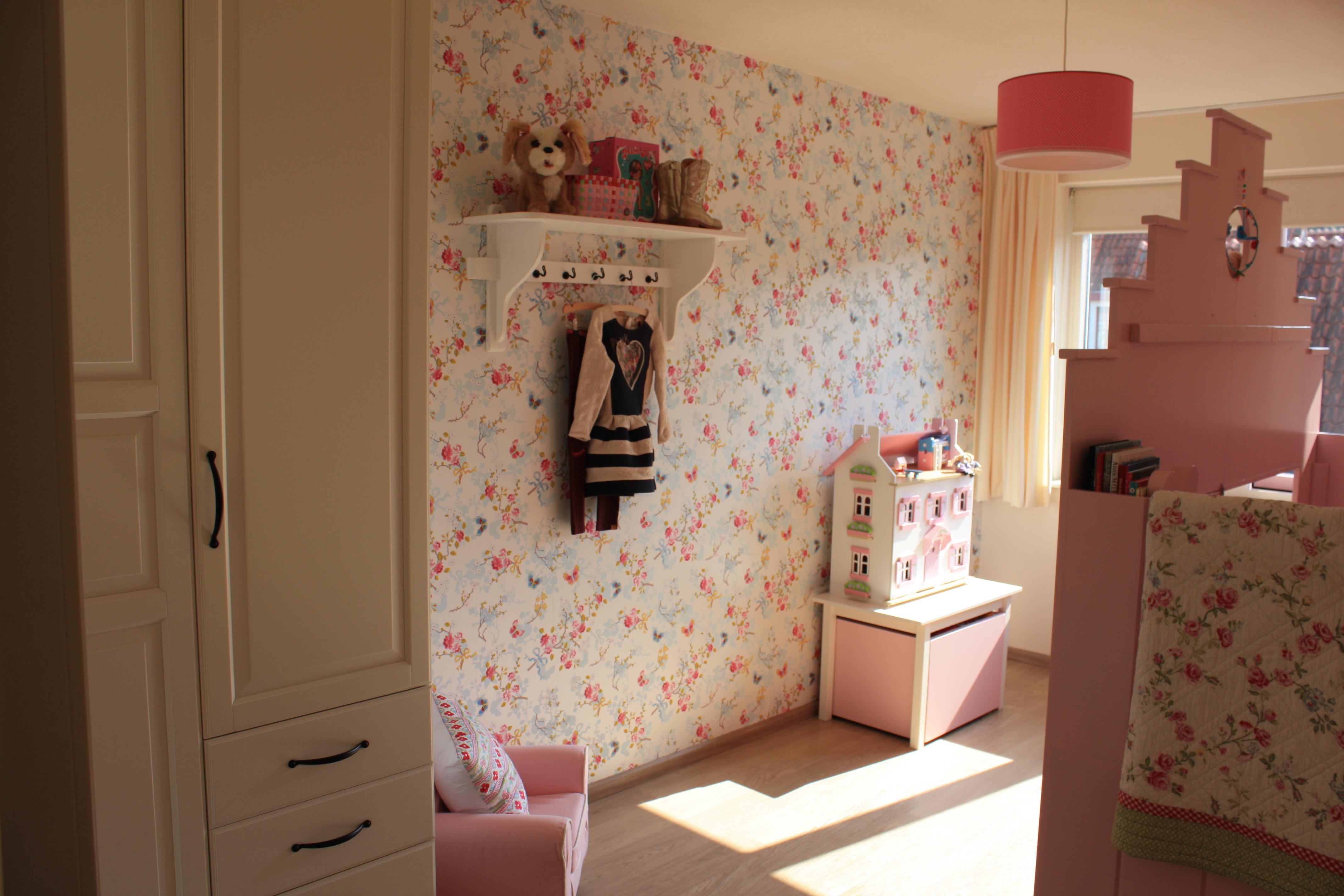 Kinderkamer Behang Vogelhuisjes : Een kijkje in de kinderkamer van linde mama is thuis!